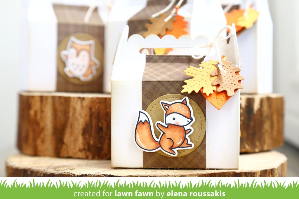 Lawn Fawn Die Scalloped Treat Box