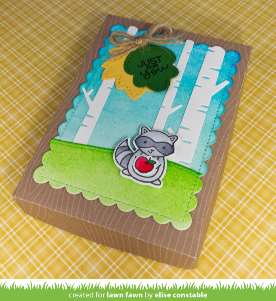 Lawn Fawn Die Outside In Stitched Scalloped Rectangle Stackables