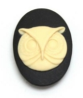 Frantic Stamper - Resin Cameos - Ivory Owl Head on Black Oval - Package of 5