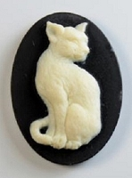 Frantic Stamper - Resin Cameos - Ivory Cat on Black Oval - Package of 5