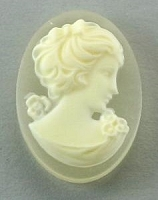 Frantic Stamper - Resin Cameos - Ivory Woman on Mat Crystal Oval - Package of 5