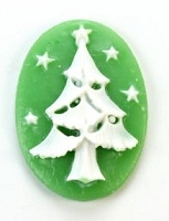 Frantic Stamper - Resin Cameos - White Christmas Tree on Green Oval - Package of 5