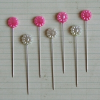 Maya Road - Trinket Pins - Flowers Hot Pink & Cream