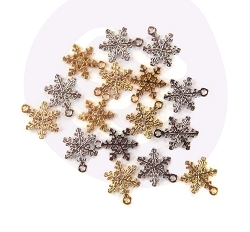 Prima - Christmas In The Country Collection - Snowflake Charms